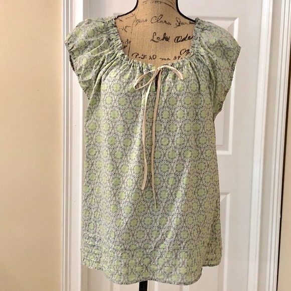 de412d3dfe9229 Liz Claiborne Tops - Liz Claiborne drawstring peasant blouse